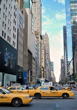 418px-NYC_taxis