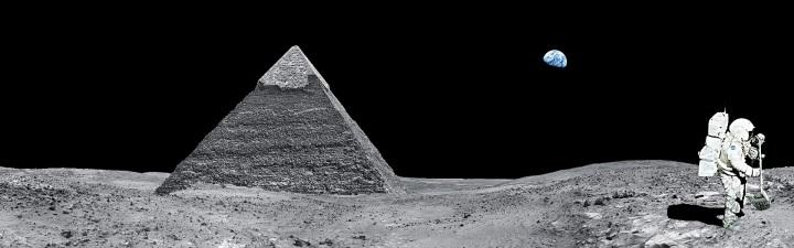 moon-2092807